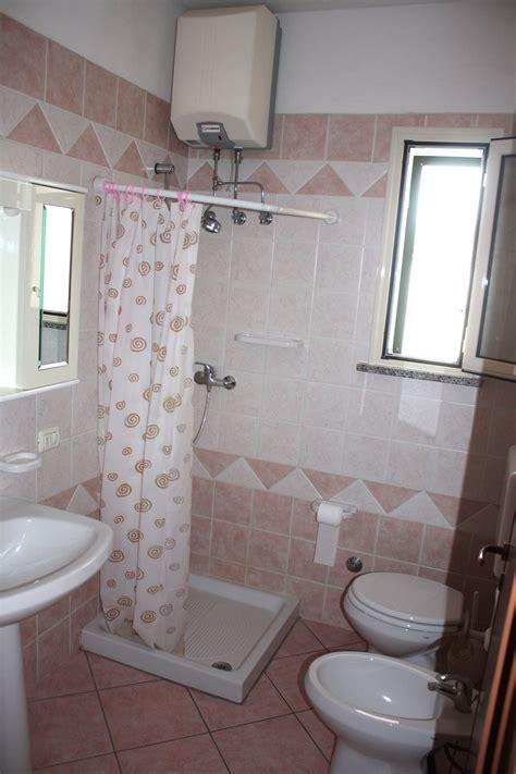 doccia con tenda bagno con tenda doccia design casa creativa e mobili