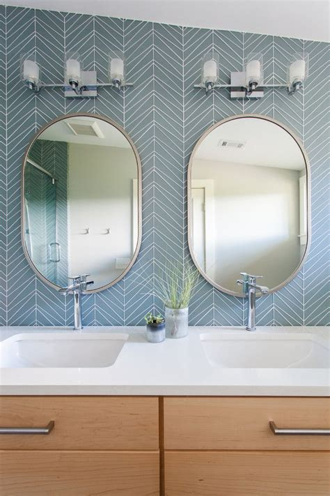 1000 ideas about oval bathroom mirror on