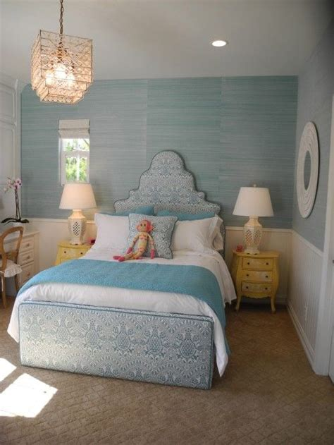 girls bedroom ideas blue pale blue green grasscloth wallpaper chic little girls