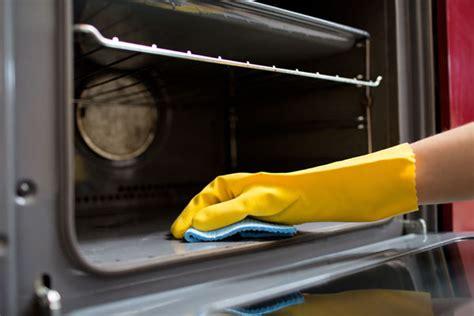 Backofen Richtig Reinigen by Backofen Reinigen Ratgeber Top 5 Tipps Zur Ofen