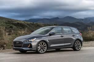 Hyundai Sonata Gt Refreshing Or Revolting 2018 Hyundai Elantra Gt Motor Trend