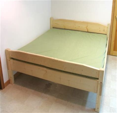 what is a double bedroom double bed plan