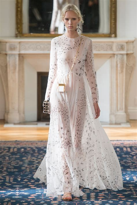 Runway Report Valentino Couture by Runway Report Valentino Ss17 Palermo