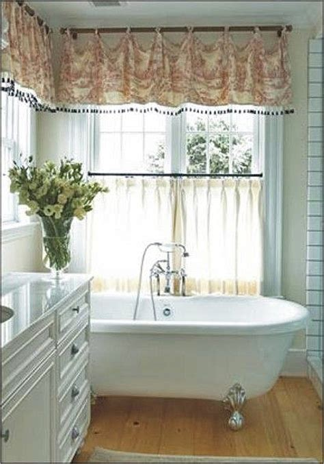 Curtain Ideas For Bathrooms by 7 Bathroom Window Treatment Ideas For Bathrooms Blindsgalore