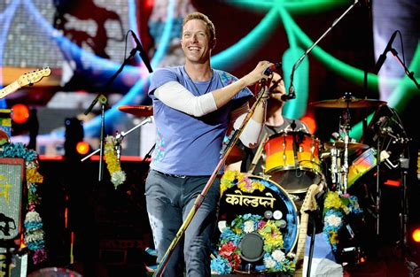 coldplay live 2017 coldplay announces 2017 head full of dreams tour dates