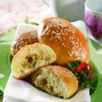 Roti Wijen Isi 10 resep kue roti ayam wijen