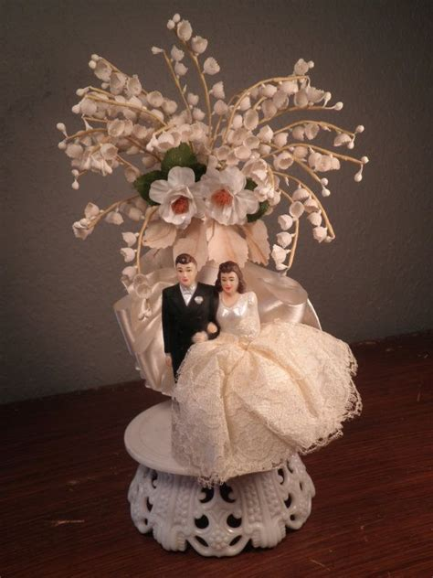 vintage cake topper 563 best vintage and modern wedding cake toppers images on