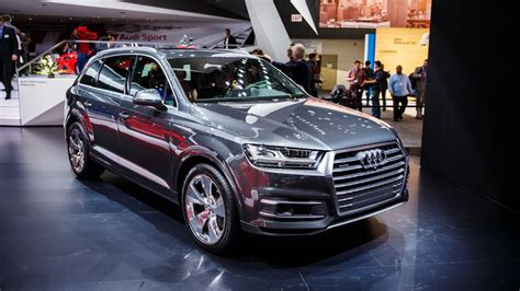 Neuer Audi Q7 by New Audi Q7 Diesel Sheds Pounds Aims For Over 40 Mpg