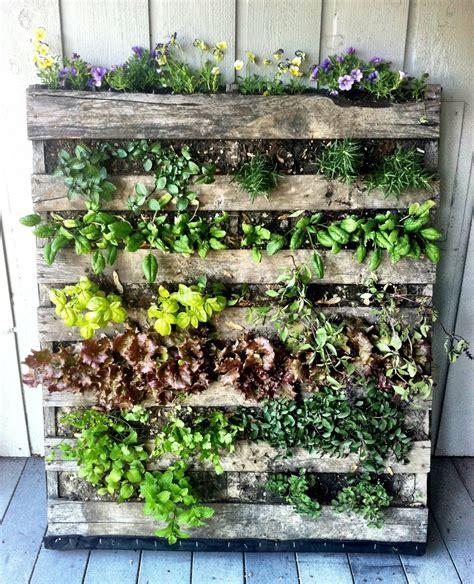 vertical pallet herb garden fitcrushnyc