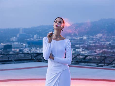 Fashion Wardrobe Stylist by Los Angeles Fashion Stylist Inhale Health Style By Naz
