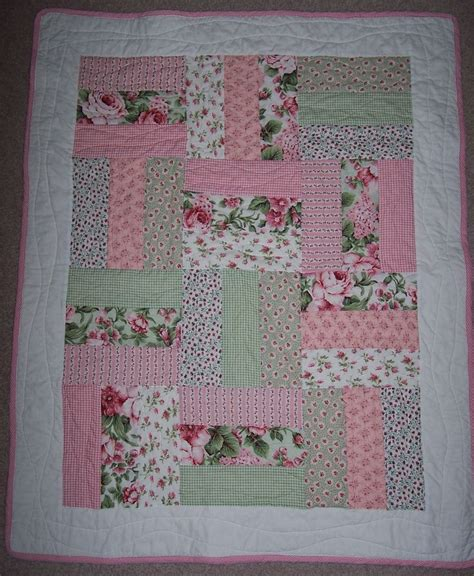 Patchwork Cot Quilt Patterns Free - 17 best images about cot quilts patterns patterns easy