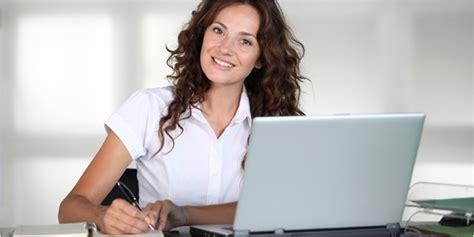 9 tips buat lo yang pengen jadi sekretaris kesayangan