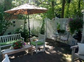 Fence For Patio by White Patio Fences Ideas With Semi Privacy Design Home