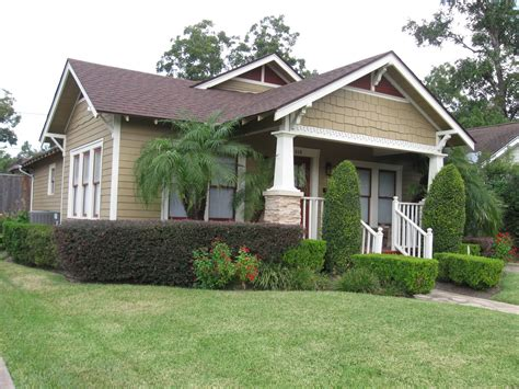 bungalow craftsman homes the other houston 1926 palm tree bungalow houston heights