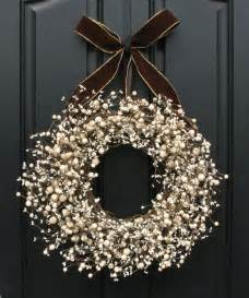 10 winter wreaths to diy mohawk homescapes mohawk