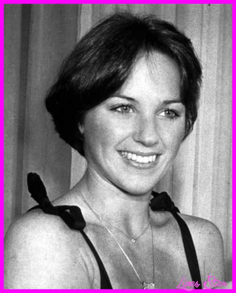 picture of dorothy hamill wedge haircut livesstar com dorothy hamill wedge haircut pics livesstar com