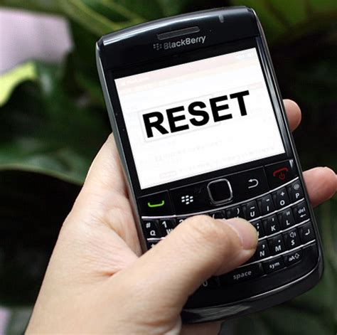 Reset Blackberry Smartphone | how to execute blackberry hard reset soft reset