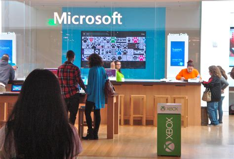 Microsoft Answers Desk by Microsoft Gets Its Of The Apple Pie With Samsung