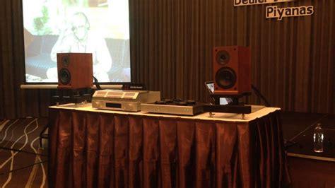 Mr Joe Harly audioquest seminar in thailand by mr joe harley