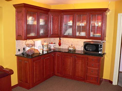 cherry wood kitchen cabinets photos new page 1 terry patty com