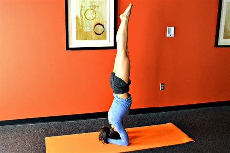 yoga headstand tutorial yoga tripod headstand tutorial video peanut butter runner