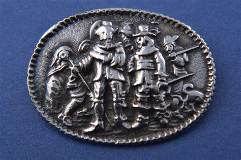 Metal Brooch white metal brooch jewellery amanda appleby933x13