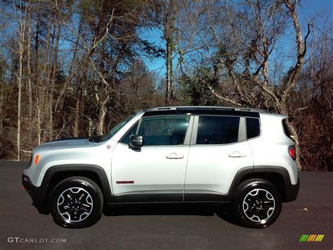 jeep metallic 2017 glacier metallic jeep renegade trailhawk 4x4
