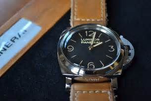 Panerai Luminor Panerai Pam372 47mm N panerai pam372 47mm luminor base sihh2011
