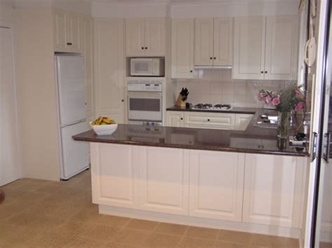 executive kitchen cabinets executive kitchens plain and kitchen home design