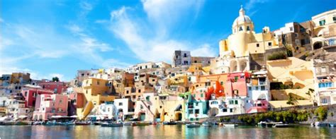 Many From Southern Italy Who Moved To Naples In Search Of 542 663 Nyc Nonstop To Ireland Italy Austria R T