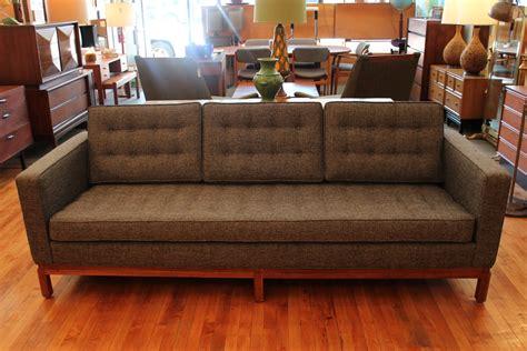 florence knoll sofa vintage florence knoll sofa an orange moon uber hip vintage