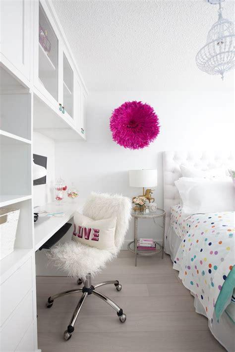 clean teenage bedroom best 25 girl desk ideas on pinterest