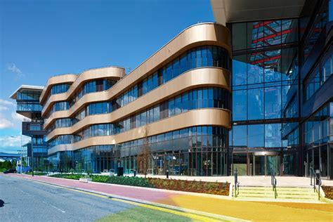 cardiff and vale college city centre cus e architect cavc our city centre cus ein cws yng nghanol y