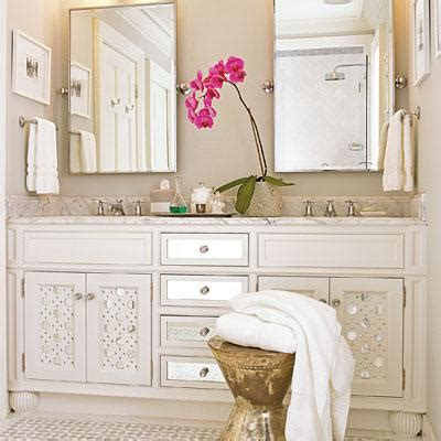 where to put towel bar in small bathroom mirrored bathroom vanity cottage bathroom southern