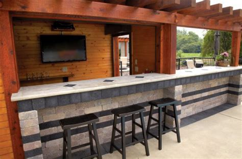 10 Outdoor Kitchen designs sure to Inspire   Unilock