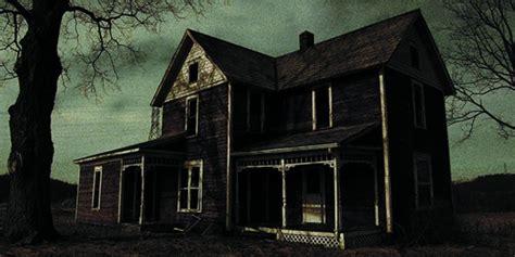 film hantu rumah kosong hantu gendong bayi di rumah kosong dalam foto ini hebohkan