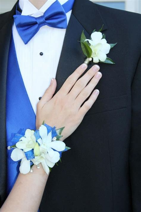Boutonniere For Prom by 1000 Images About Prom Trends On Prom Wrist