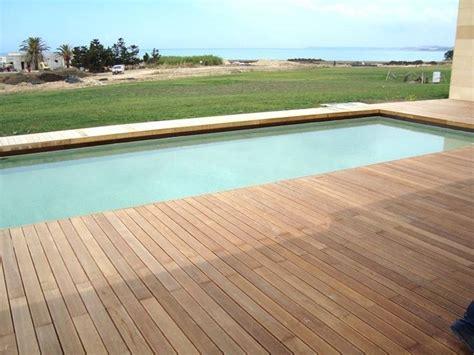 pavimenti in legno per piscine pavimento per piscina pavimentazioni