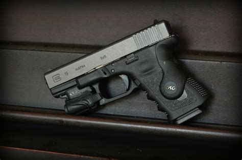 glock 19 strobe light glock 19 from sooner state pawn with crimson trace grips