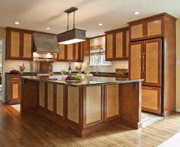 two tone shaker kitchen cabinets the two tone home shaker style two tones and wood cabinets