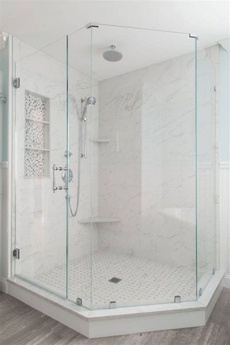 glass showers for small bathrooms best 25 corner showers ideas on corner shower