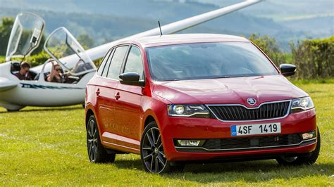 skoda rapid spaceback 1 0 tsi 2017 review by car magazine