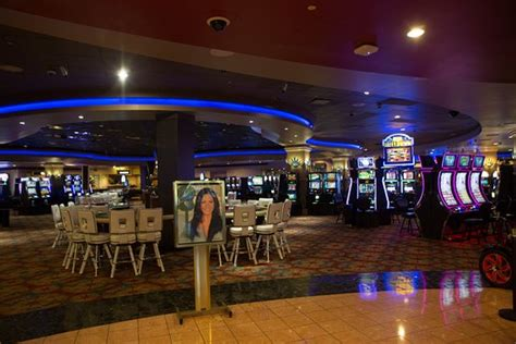 Gathering Place Buffet Picture Of Seven Feathers Casino 7 Feathers Buffet