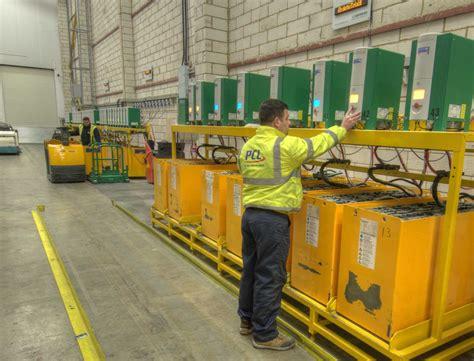 lade a batterie forklift battery maintenance hoppecke industrial batteries