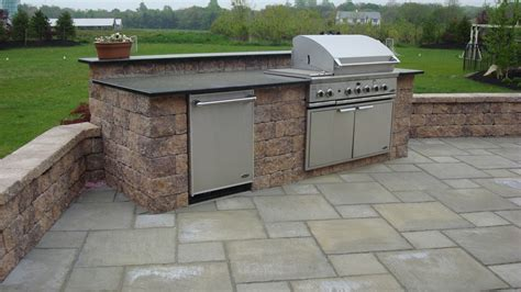 Backyard Bbq Built In Triyae Backyard Built In Grill Ideas Various