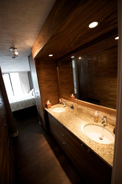 Bathroom Cabinets by Evolve Kitchens