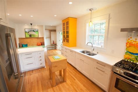 yellow and white kitchen cabinets 21 antique white kitchen cabinets designs ideas design