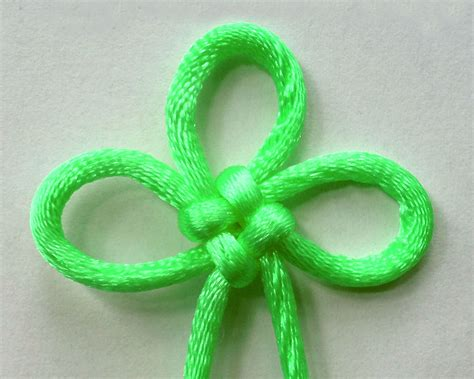 Macrame Flower Knot - macrame patterns