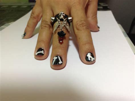 como hacer anillos de cuero como hacer un anillo de cuero con una calavera y abalorios
