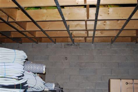 Pose De Ba13 Au Plafond by Rail Pour Pose Le Placo Au Plafond Fini De La Maison